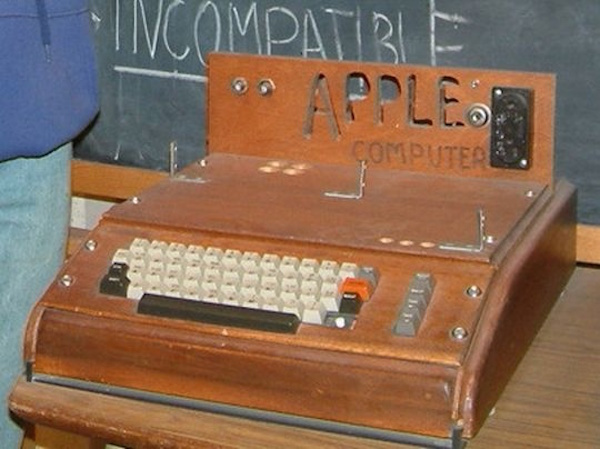"""Apple I at the Smithsonian Museum"" © rebelpilot; Creative Commons license"