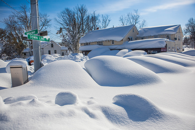 """Historic Lake Effect Snow in Buffalo New York Area"" © Anthony Quintano; Creative Commons license"